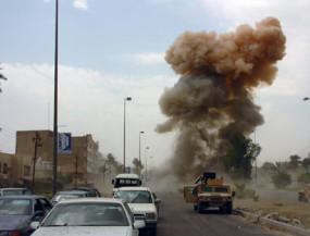 इराक: अमेरिकी सैन्य अड्डे पर कई रॉकेट हमले, कमांडर सहित 4 की मौत, 30 घायल