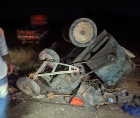 कर्नाटक: कलबुरगी में ट्रक और बैलगाड़ी की भिड़ंत, 3 लोगों की मौत, 2 घायल
