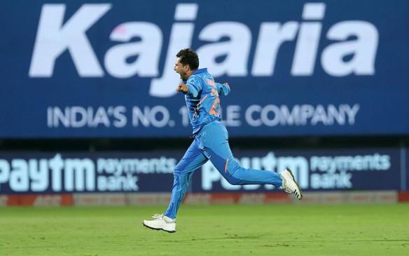 कुलदीप का कारनामा, इंटरनेशनल क्रिकेट में दो हैट्रिक लेने वाले पहले भारतीय
