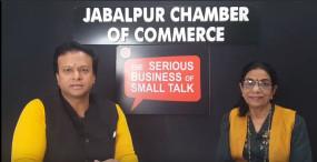 """""""द सीरियस बिज़नेस ऑफ़ स्माल टॉक"""" में जाने बीपीओ व्यवसाय के बारे में श्रीमती इंदु श्रोत्री के साथ"""