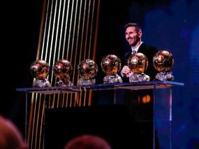 लियोनल मेसी ने रिकॉर्ड छठी बार जीता बैलोन डी'ओर अवॉर्ड