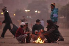 पश्चिमी विक्षोभ की वजह से ठिठुर रहा उत्तर भारत, नए साल में भी कंपकंपाएगी सर्दी