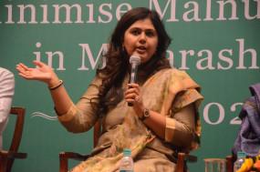 भाजपा से नाराज पंकजा मुंडे 12 दिसंबर को ले सकती हैं बड़ा फैसला ?