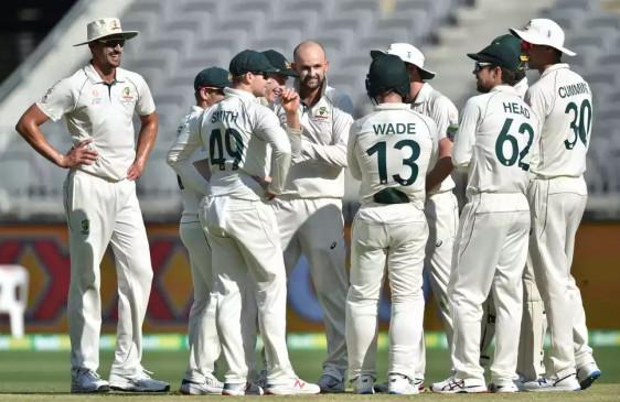ऑस्ट्रलिया ने टेस्ट सीरीज के पहले डे-नाइट मैच में न्यूजीलैंड को 296 रनों से हराया
