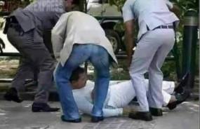 Fake News: क्या सपाट जमीन पर गिर पड़े थे राहुल गांधी ?