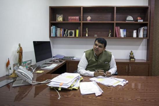 सत्ता बदलते ही नागपुर को झटका, सीएम कार्यालय हुआ मुंबई शिफ्ट