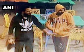 सीसीटीवी में कैद हुए पचमढ़ी आर्मी कैंप से राइफल चुराकर भागने वाले संदिग्ध