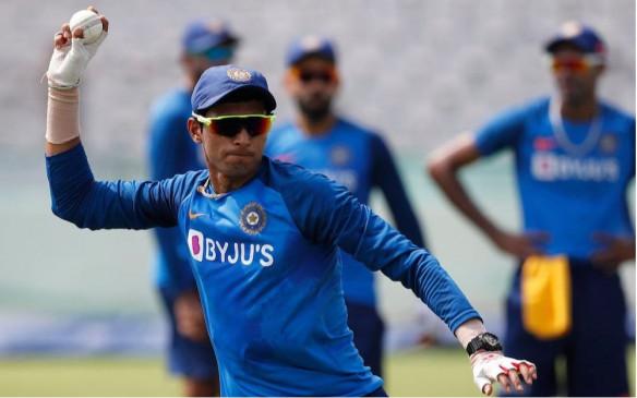 टीम इंडिया ने विंडिज से 17 साल में जीतीं 9 सीरीज, घायल चाहर बाहर, सैनी को मिला मौका