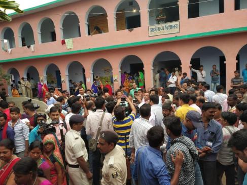 राजद के बिहार बंद से आवागमन प्रभावित, सड़क- रेल मार्ग बाधित