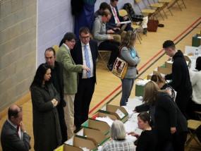 ब्रिटेन चुनाव: कंजरवेटिव पार्टी को बहुमत, विपक्षी पार्टी के नेता कॉर्बिन का इस्तीफा