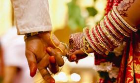 समय पर नहीं पहुंची बारात तो दुल्हन ने किसी और से कर ली शादी