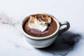 ठंड में लें हॉट चॉकलेट का मजा, आसान है रेसिपी