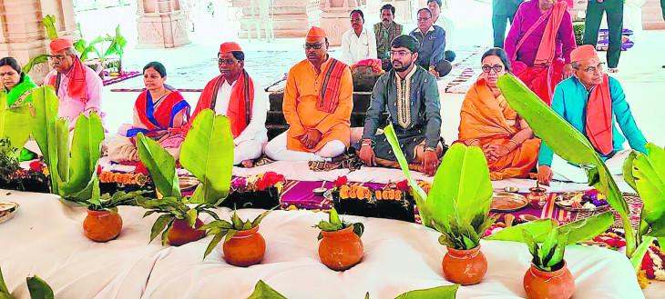 कोराडी महालक्ष्मी जगदंबा मंदिर में मंत्रोच्चार के साथ प्राण-प्रतिष्ठा