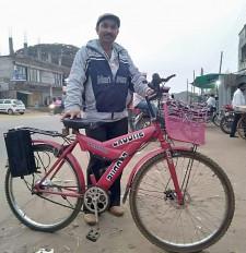 अब बाइक की तरह फर्राटे से दौड़ेगी साइकिल , गड़चिरोली के युवक ने बनाई ई-साइकिल