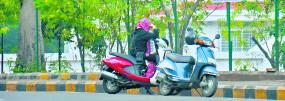 रोमांस के अड्डों पर पुलिस की नजर, 'बैड टच' की तस्वीर खींच भेजेंगे परिजनों को