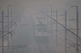 दिल्ली आने वालीं 17 ट्रेनें 1 से 6 घंटे तक लेट