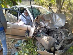 गडचिरोली जिले के भाजपा जिला परिषद के सदस्य का वाहन दुर्घटनाग्रस्त,4 गंभीर