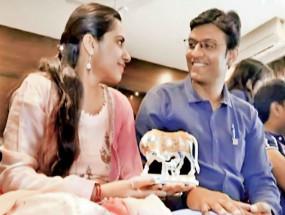 संस्कृति: गाय को साक्षी मानकर वैदिक परंपरा से शादी करेगा सूरत का ये जोड़ा