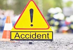 हादसा: भीमा नदी पुल पर ट्रक से भिड़ी टू व्हीलर, 2 लोगों की मौत 1 घायल