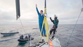 विक्टर वेस्कोवो ने समुद्र का सबसे गहरा बिंदु छुआ, ऐसा कर पाने वाले दुनिया के इकलौते शख्स बने