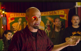 Oklahoma: कैंसर की वजह से खो दी आंख, अब फिल्मों में जॉम्बी का रोल करते हैं