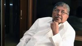 चंद्रकांत पाटील का तंज : शिवसेना के पास खड़से को देने के लिए है ही क्या ?, फडणवीस-महाजन ने की मुलाकात