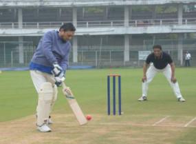 सुप्रीम कोर्ट के सीजेआई बोबड़े बने क्रिकेटर, लगाए 3 चौके
