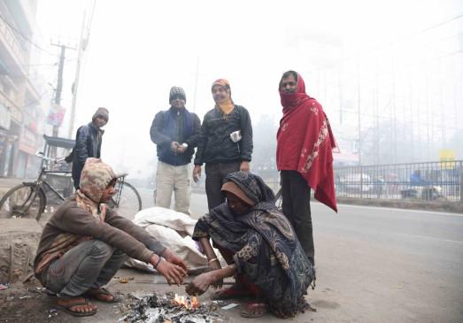 बिहार में बादल, पारा लुढ़का