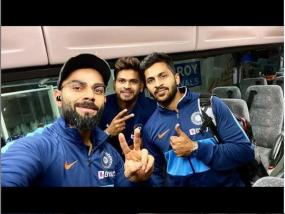 क्रिकेट: न्यूजीलैंड पहुंची टीम इंडिया, विराट ने श्रेयस-शार्दुल के साथ शेयर की 'Selfi', देखें पूरा शेड्यूल