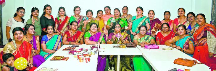 मकर संक्रांति थीम पर दैनिक भास्कर किटी का आयोजन, रंजीता के नाम बेस्ट ड्रेस का खिताब
