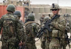 World War III: युद्ध की तरफ खड़ी है दुनिया ? खाड़ी देशों में अमेरिका ने भेजे सैनिक, ईरान बोला- हमला करेंगे