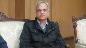 दिल्ली चुनाव : सरकारी कालोनियों में लगाए गए विशेष मतदाता शिविर