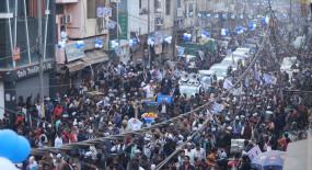 चुनाव दिल्ली के 2 करोड़ लोगों व 200 भाजपा सांसदों के बीच : केजरीवाल