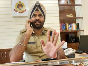 शांति भंग की आशंका : दिल्ली पुलिस ने नहीं दी जामिया से राजघाट तक मार्च की इजाजत