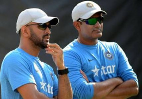 IPL का प्रदर्शन धोनी के विश्व कप जाने का फैसला करेगा: अनिल कुंबले
