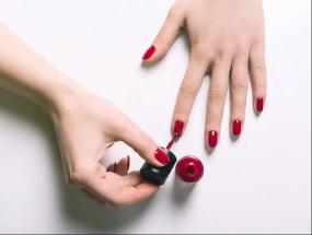 Fashion: नेल पेंट लगाने के बाद सुखाने में आता है आलस, इन टिप्स करें फॉलो