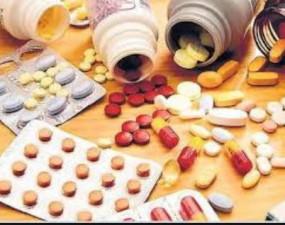 महंगी दवाइयां बेचने वालों की अनदेखी करने पर हाईकोर्ट ने जताई नाराजगी
