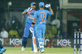 Ind vs SL 2nd T20I : भारत ने श्रीलंका को 7 विकेट से हराया, राहुल ने खेली 45 रन की पारी, शार्दुल ने 3 विकेट झटके