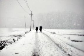 भारतीय सैनिक कश्मीर में बर्फ पर फिसलकर सीमा पार चला गया : रिपोर्ट