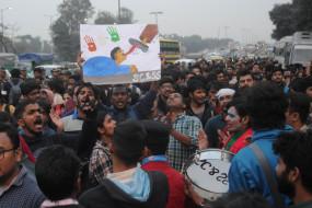 लेट फीस के विरोध में दिल्ली हाईकोर्ट पहुंचा जेएनयूएसयू