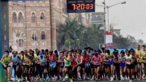 मैराथन: मानसिक परेशानियों से जूझ रहे लोगों को संदेश देने के लिए लगाई दौड़