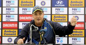 क्रिकेट: पांच दिन के टेस्ट मैच के समर्थन में उतरे मिकी आर्थर