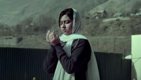 Gul Makai Review: अच्छा सब्जेक्ट लेकिन पर्दे पर विफल रही फिल्म, कई जगहों पर करती है बोर