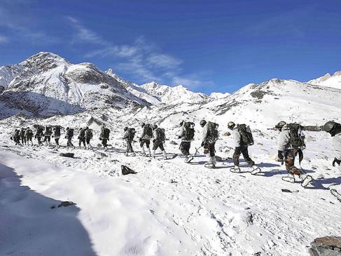 माइनस 40 डिग्री पर डटे हैं सेना के जवान, 12 हजार फीट पर स्थित बेस कैम्प तक जा सकेंगे पर्यटक