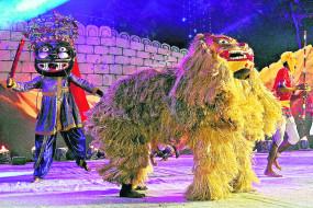 ऑरेंज सिटी क्रॉफ्ट मेला: महाराष्ट्र की परंपरा के दर्शन, रंगारंग रहे सांस्कृतिक कार्यक्रम