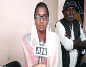 पाक हिंदू शरणार्थी को नहीं मिली 12वीं परीक्षा देने की इजाजत, शिक्षा मंत्री ने कहा- नियम बदल देंगे