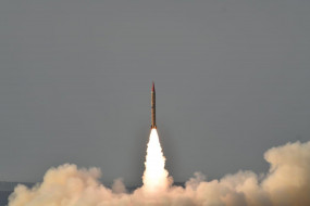 पाकिस्तान ने बैलिस्टिक मिसाइल गजनवी का सफल परीक्षण किया