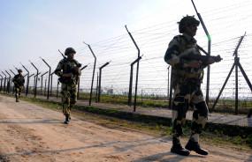 गलती से सीमा पार करने वाले पाकिस्तानी लड़के को वापस भेजा
