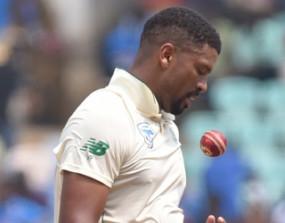 क्रिकेट: फिलेंडर पर आखिरी टेस्ट मैच में लगा जुर्माना, डिमेरिट अंक भी मिला
