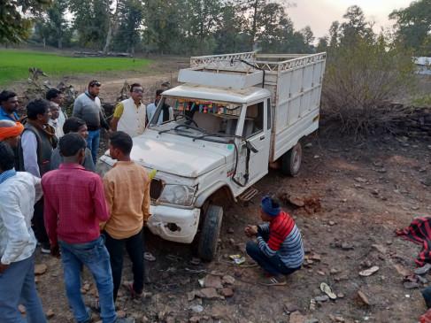 झलौन तारादेही मार्ग पर सवारियों से भरी पिकअप पलटी - 30 यात्री घायल ; दो की मौत
